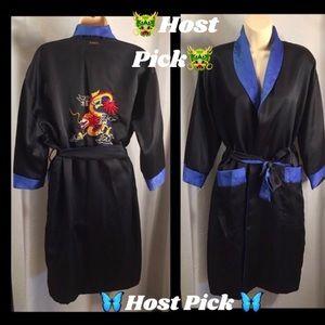 Reversible kimono/house coat/robe with 3/4 sleeves